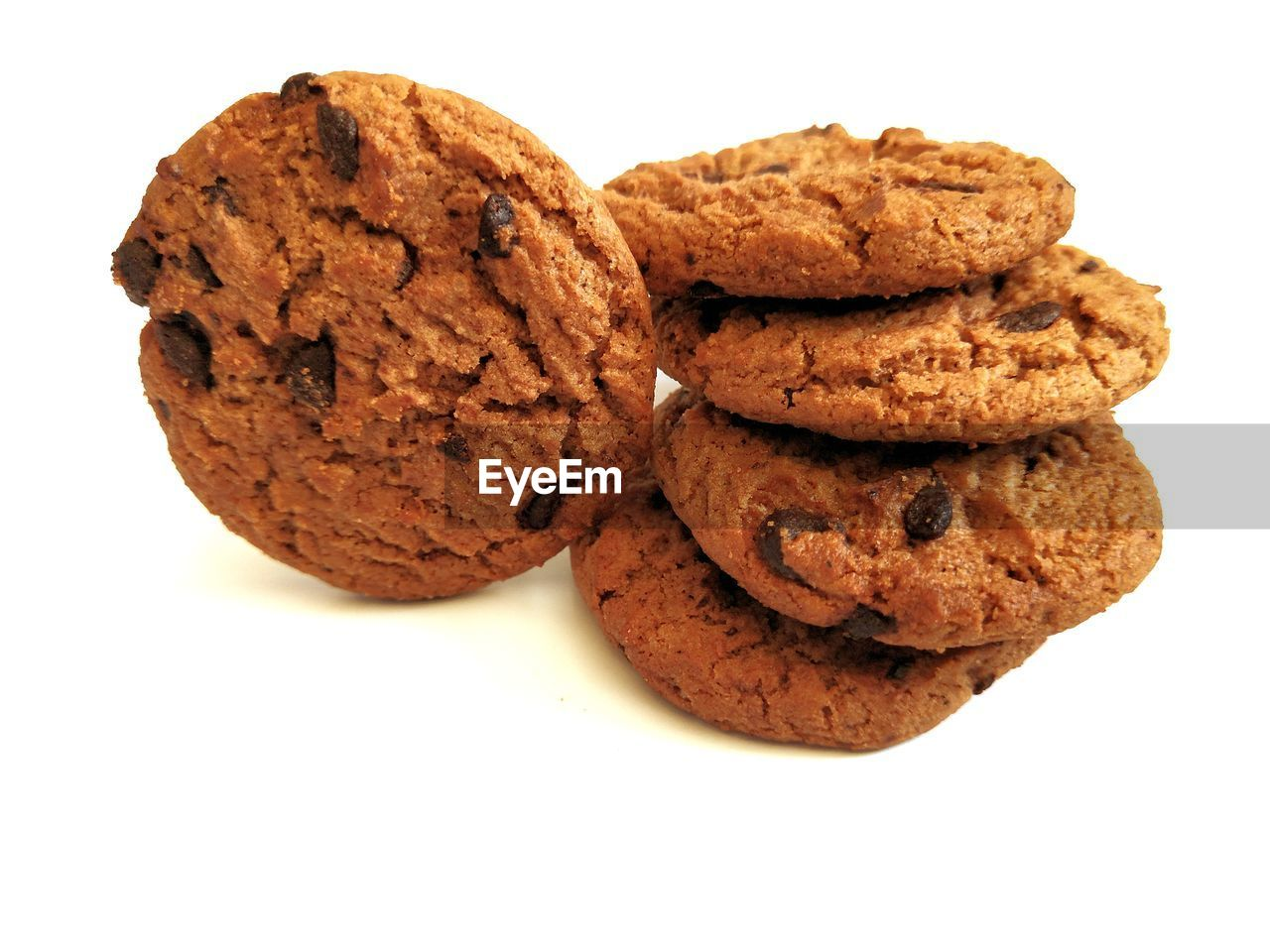 studio shot, white background, food and drink, food, cookie, indoors, baked, sweet food, still life, close-up, chocolate, chocolate chip cookie, freshness, indulgence, cut out, no people, unhealthy eating, sweet, chocolate chip, brown, temptation, snack