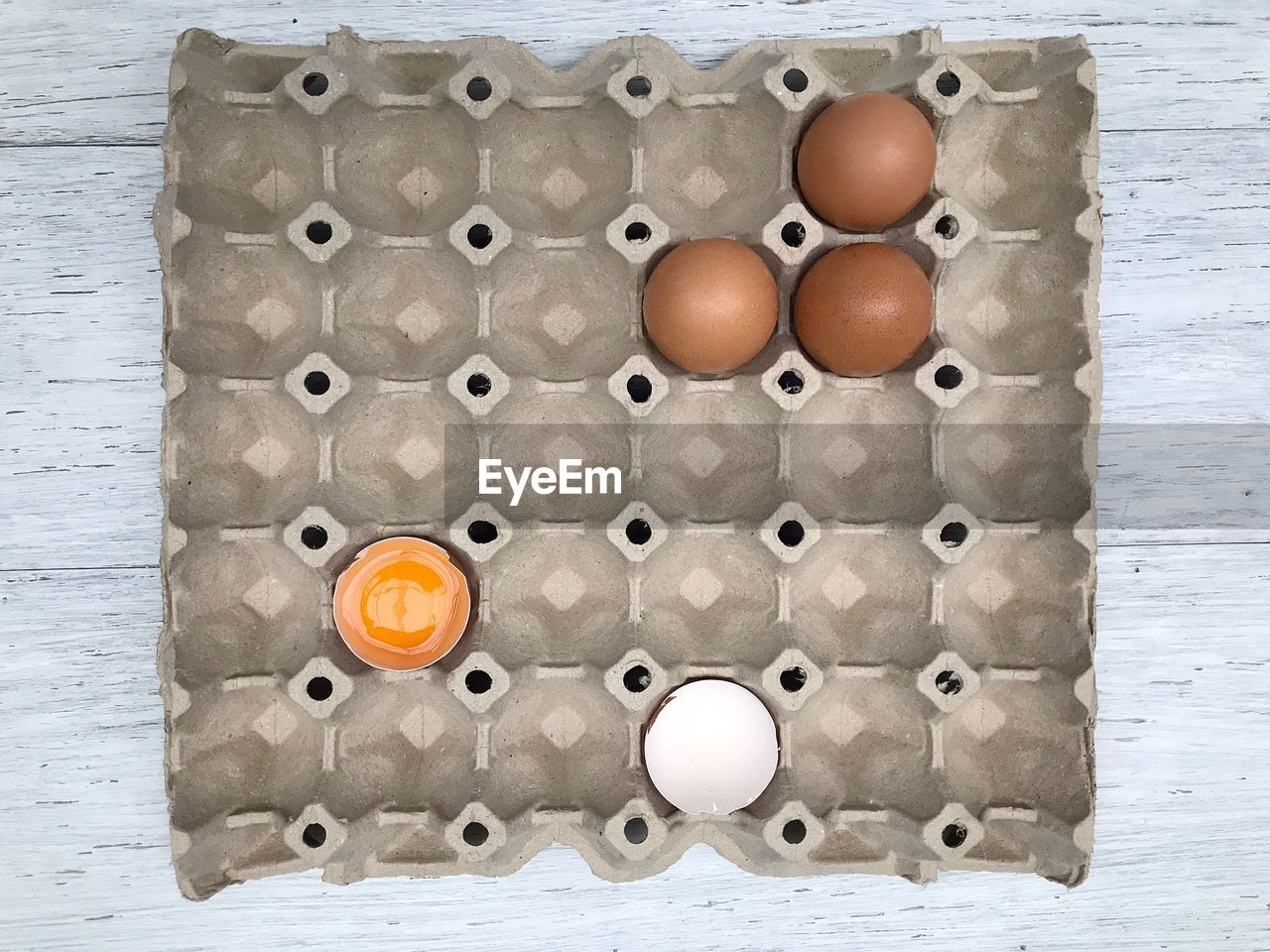 egg, directly above, wellbeing, no people, food and drink, food, indoors, healthy eating, still life, egg carton, freshness, large group of objects, arrangement, container, close-up, table, order, design, raw food, shape, egg yolk
