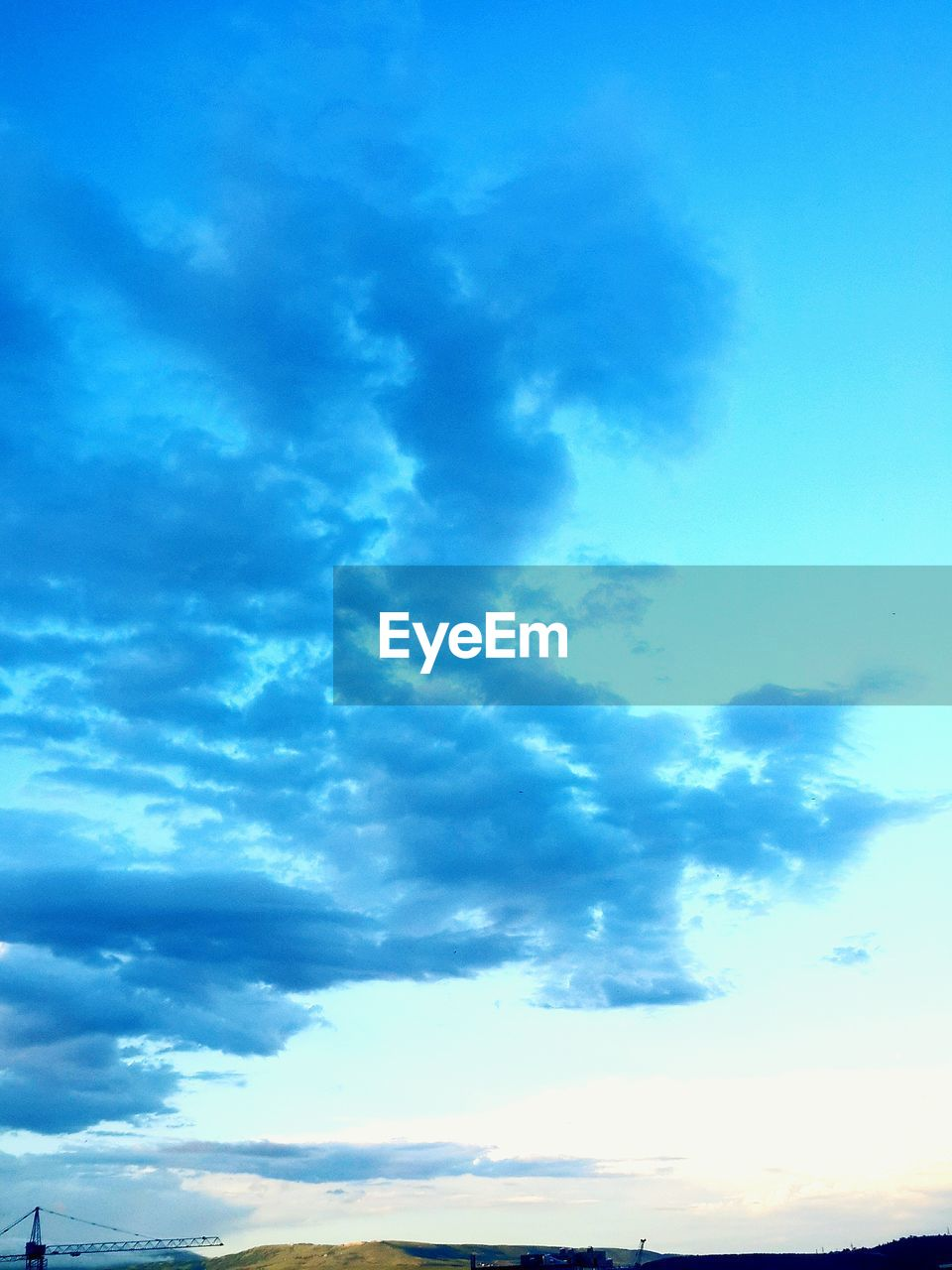 sky, beauty in nature, nature, blue, cloud - sky, scenics, low angle view, tranquility, no people, outdoors, tranquil scene, day, sky only