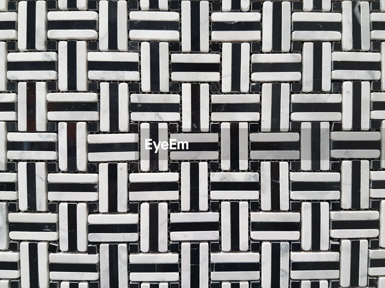 full frame, backgrounds, pattern, no people, textured, close-up, repetition, indoors, metal, design, in a row, abstract, directly above, striped, shape, side by side, square shape, connection, wicker