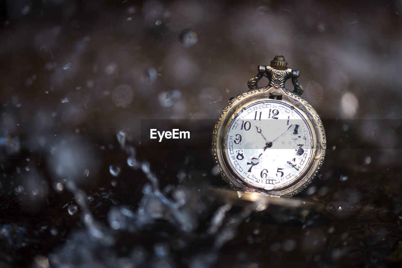 time, clock, instrument of time, watch, pocket watch, no people, number, accuracy, close-up, retro styled, indoors, metal, old, antique, focus on foreground, still life, nature, minute hand, clock face