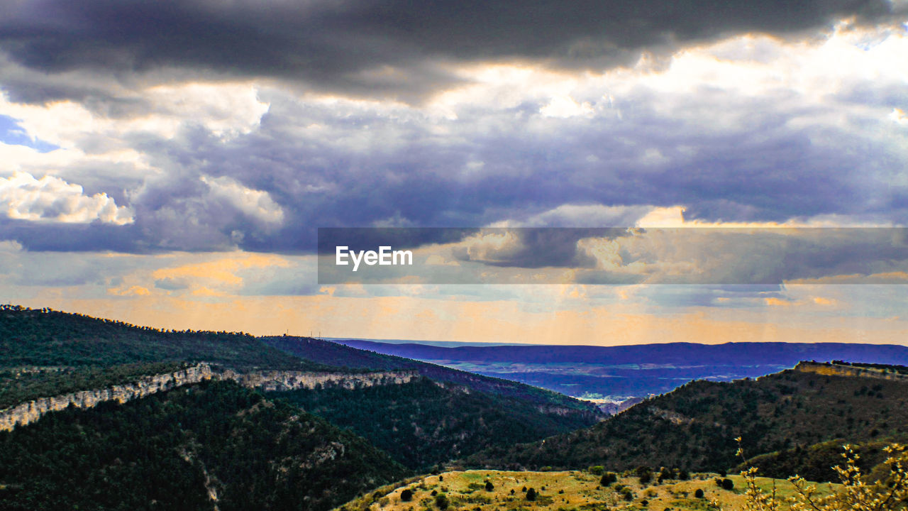 landscape, mountain, sky, nature, beauty in nature, mountain range, no people, scenery, outdoors, range, day