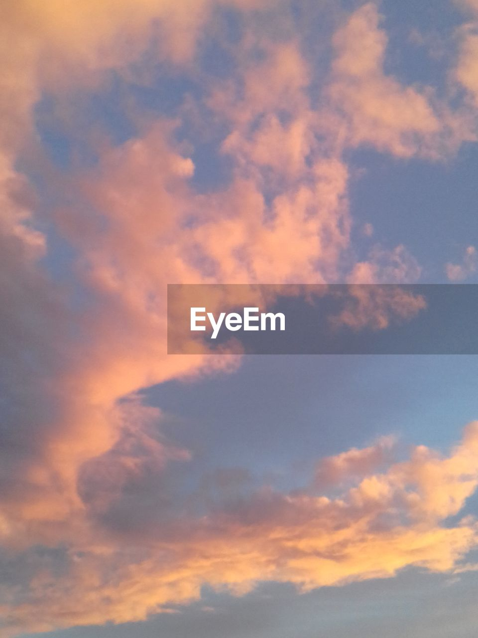 nature, beauty in nature, sky, sunset, scenics, cloud - sky, low angle view, tranquility, sky only, backgrounds, no people, tranquil scene, outdoors, day