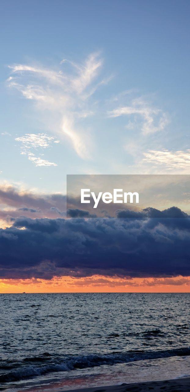 sky, cloud - sky, sunset, water, sea, beauty in nature, scenics - nature, tranquility, horizon, horizon over water, tranquil scene, no people, orange color, nature, outdoors, idyllic, land, beach, non-urban scene