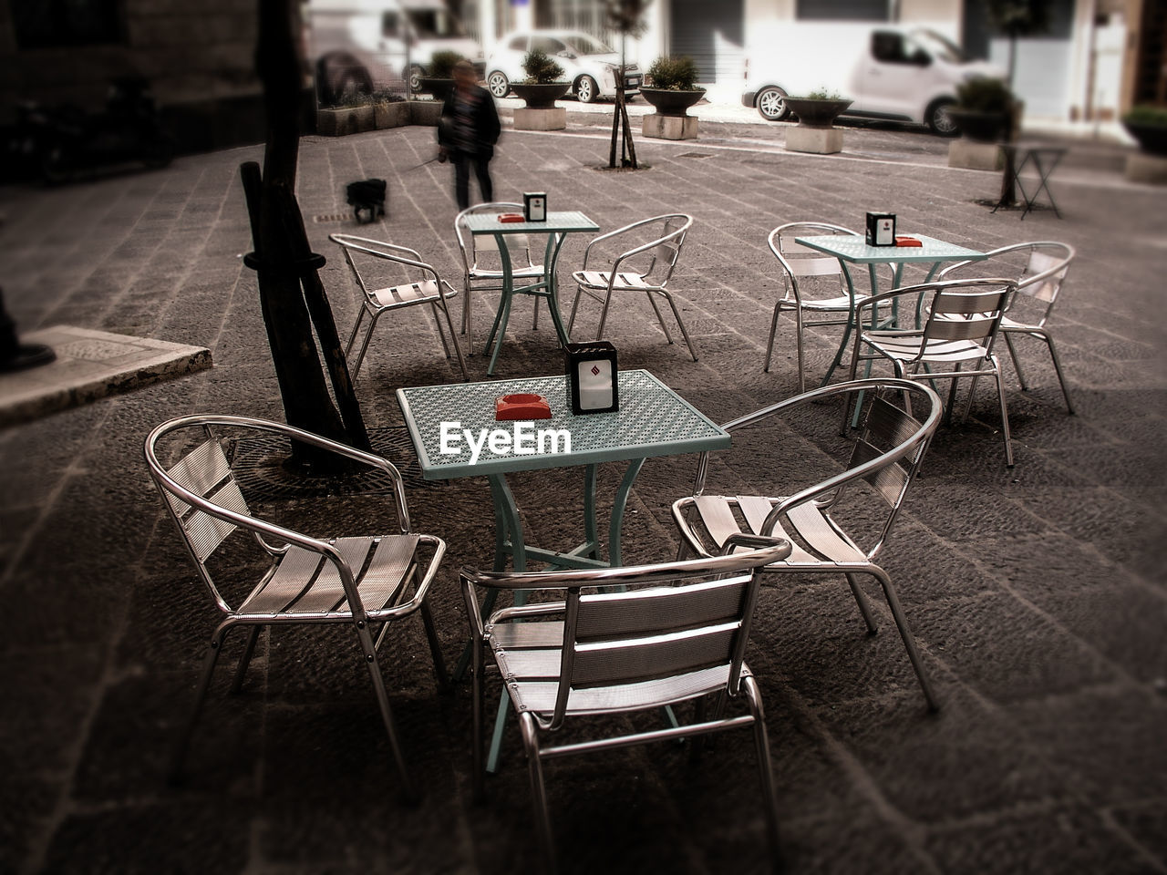 table, chair, sidewalk cafe, no people, day, cafe, outdoors, close-up