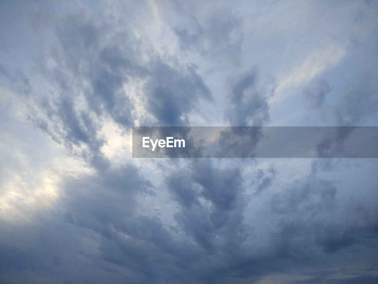 nature, sky, low angle view, beauty in nature, cloud - sky, backgrounds, sky only, scenics, weather, no people, full frame, tranquility, outdoors, day