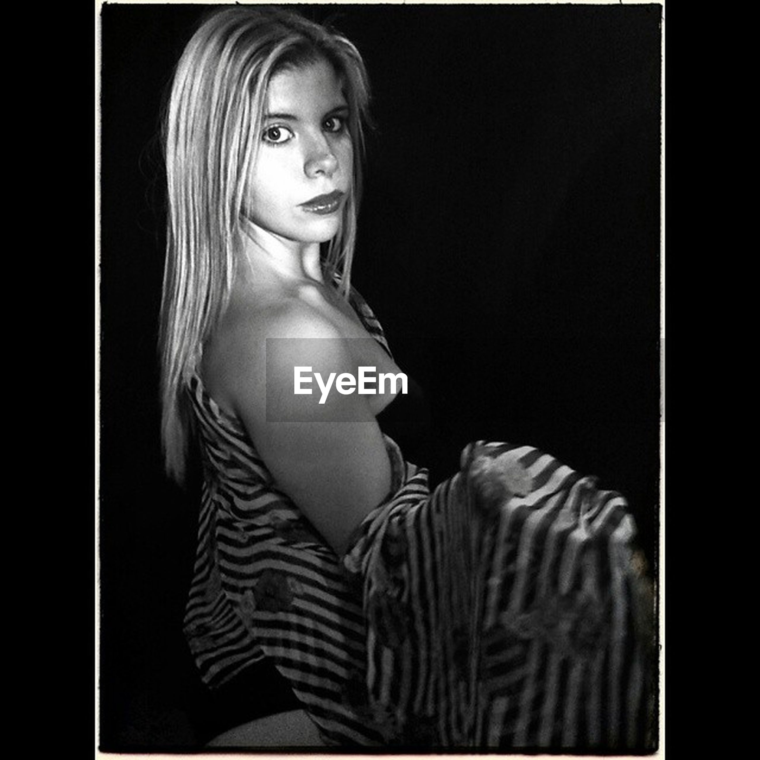 transfer print, indoors, young adult, auto post production filter, portrait, young women, front view, looking at camera, person, studio shot, human representation, lifestyles, femininity, close-up, beauty, art