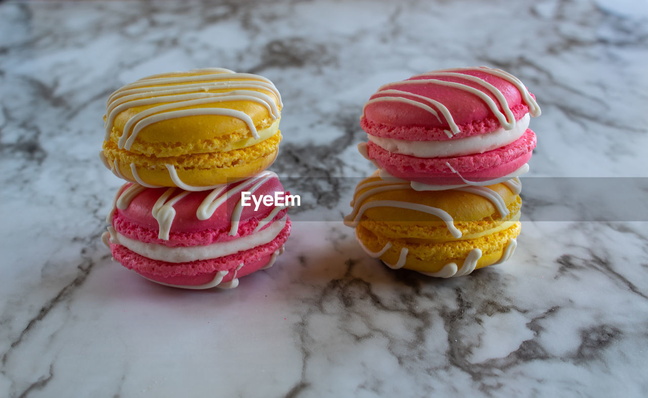 still life, food and drink, indulgence, food, ready-to-eat, temptation, freshness, indoors, sweet food, unhealthy eating, macaroon, no people, sweet, close-up, dessert, table, multi colored, variation, choice, baked, french food