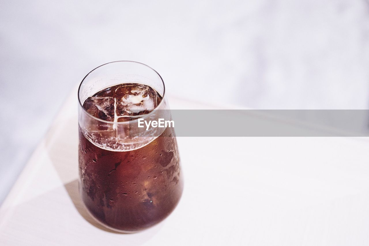 food and drink, drink, drinking glass, refreshment, no people, freshness, focus on foreground, table, close-up, indoors, day, healthy eating, food, white background