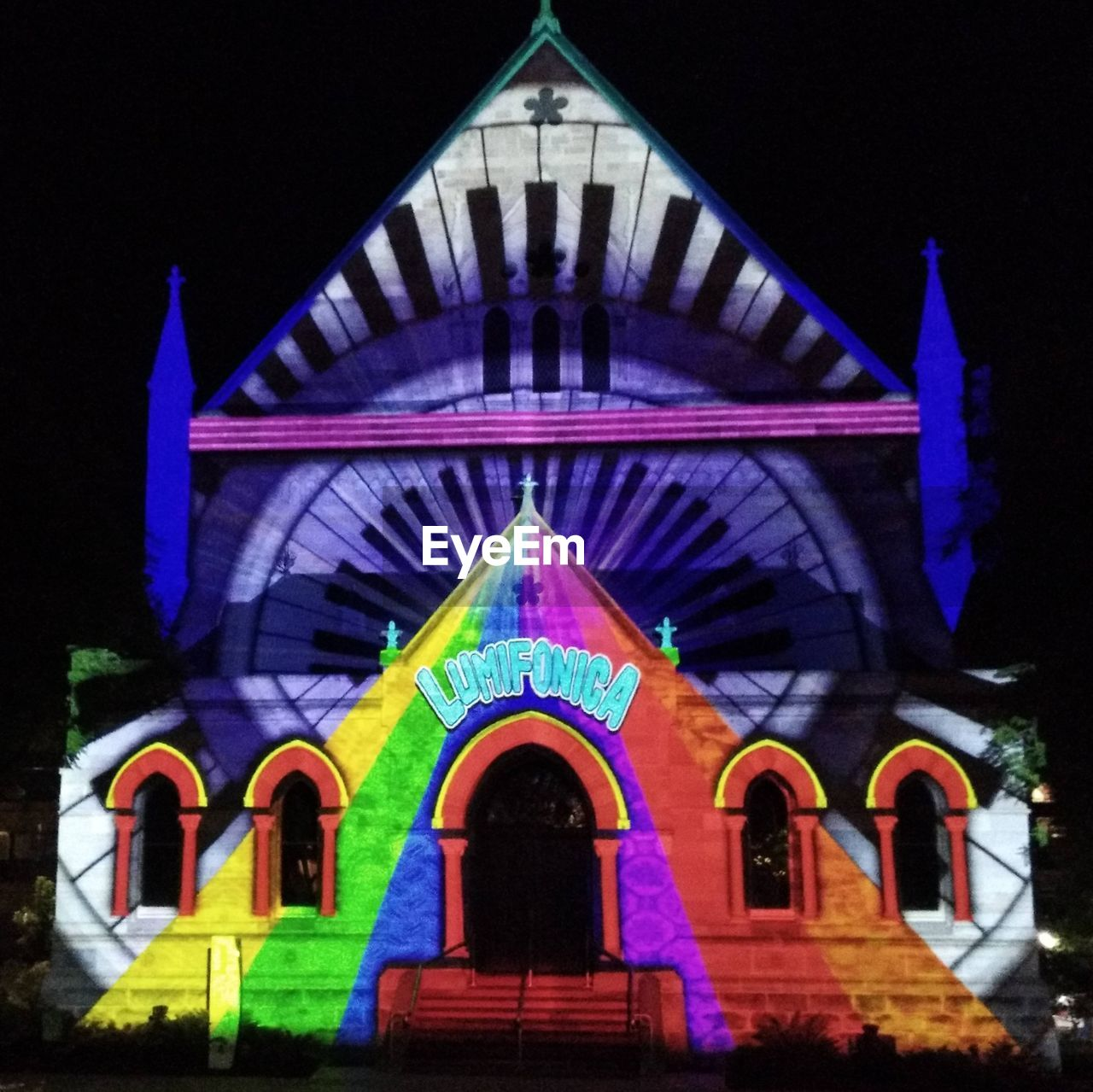 night, arch, architecture, built structure, multi colored, religion, building exterior, spirituality, outdoors, place of worship, no people, illuminated