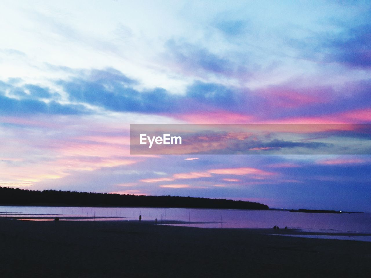 sky, cloud - sky, water, beauty in nature, scenics - nature, sunset, tranquility, tranquil scene, beach, sea, nature, land, no people, outdoors, idyllic, dusk, non-urban scene, silhouette