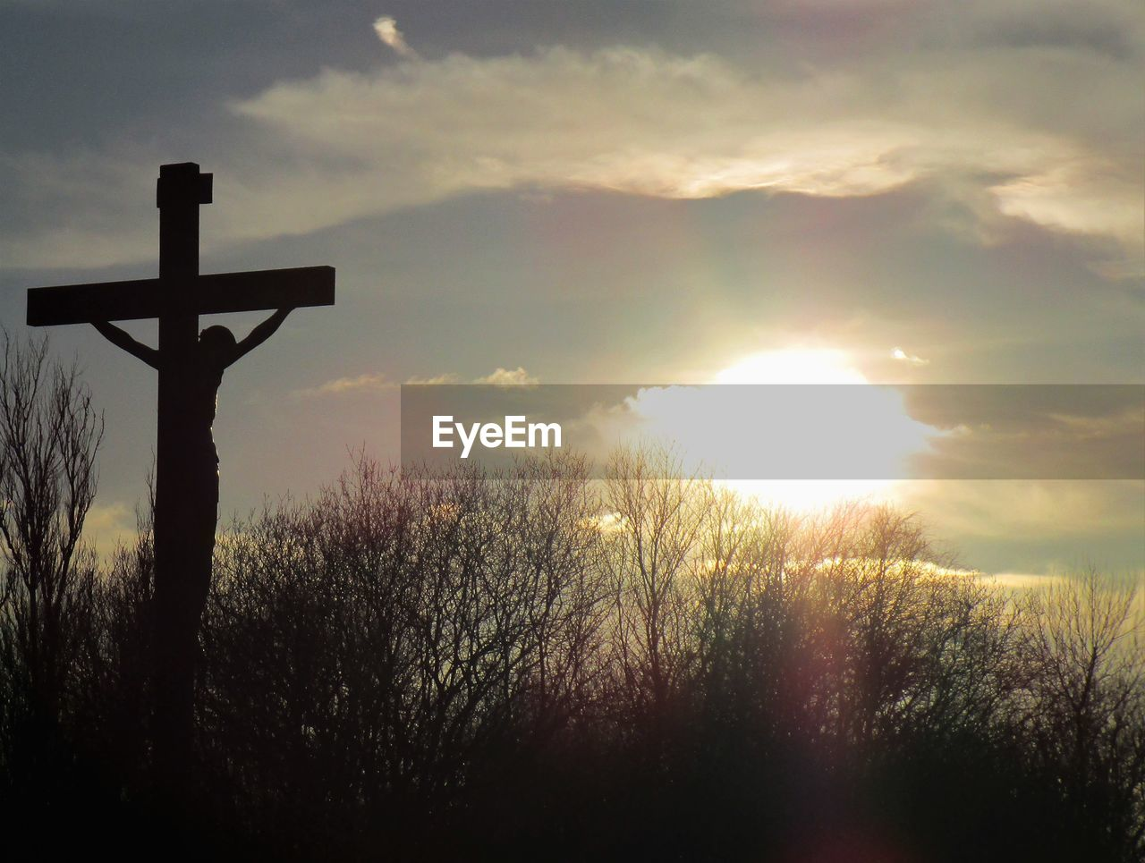 cross, religion, spirituality, crucifix, sunset, sky, tranquil scene, tranquility, sunlight, no people, easter, outdoors, forgiveness, nature, day