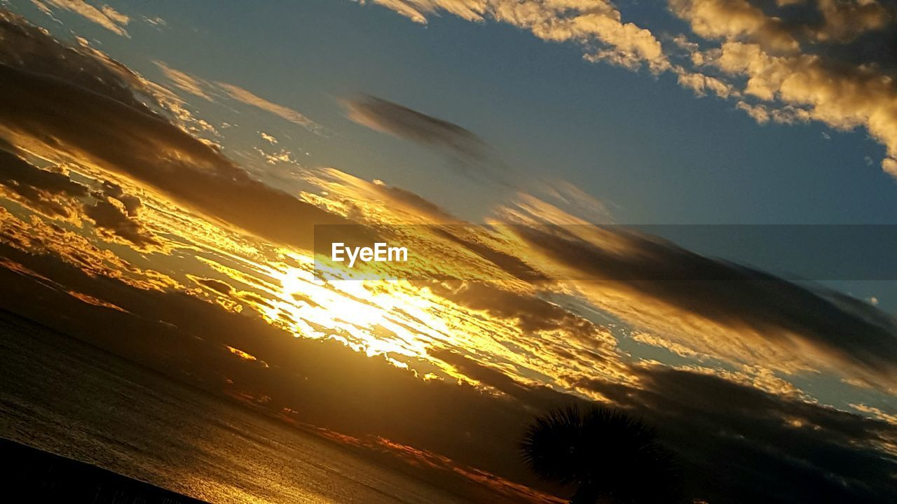 sunset, sky, nature, beauty in nature, scenics, tranquil scene, cloud - sky, tranquility, no people, outdoors, silhouette, day