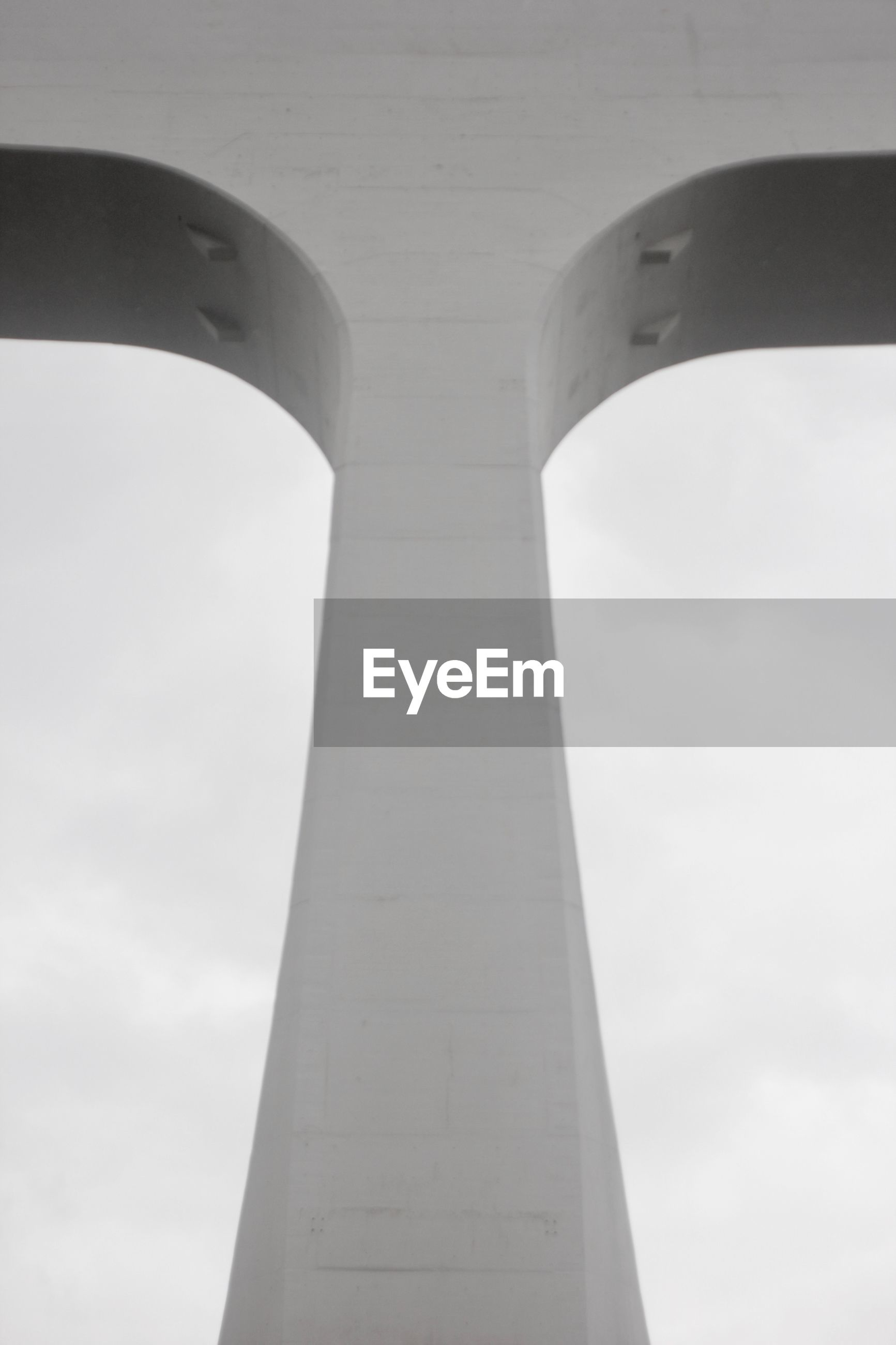 LOW ANGLE VIEW OF A MONUMENT