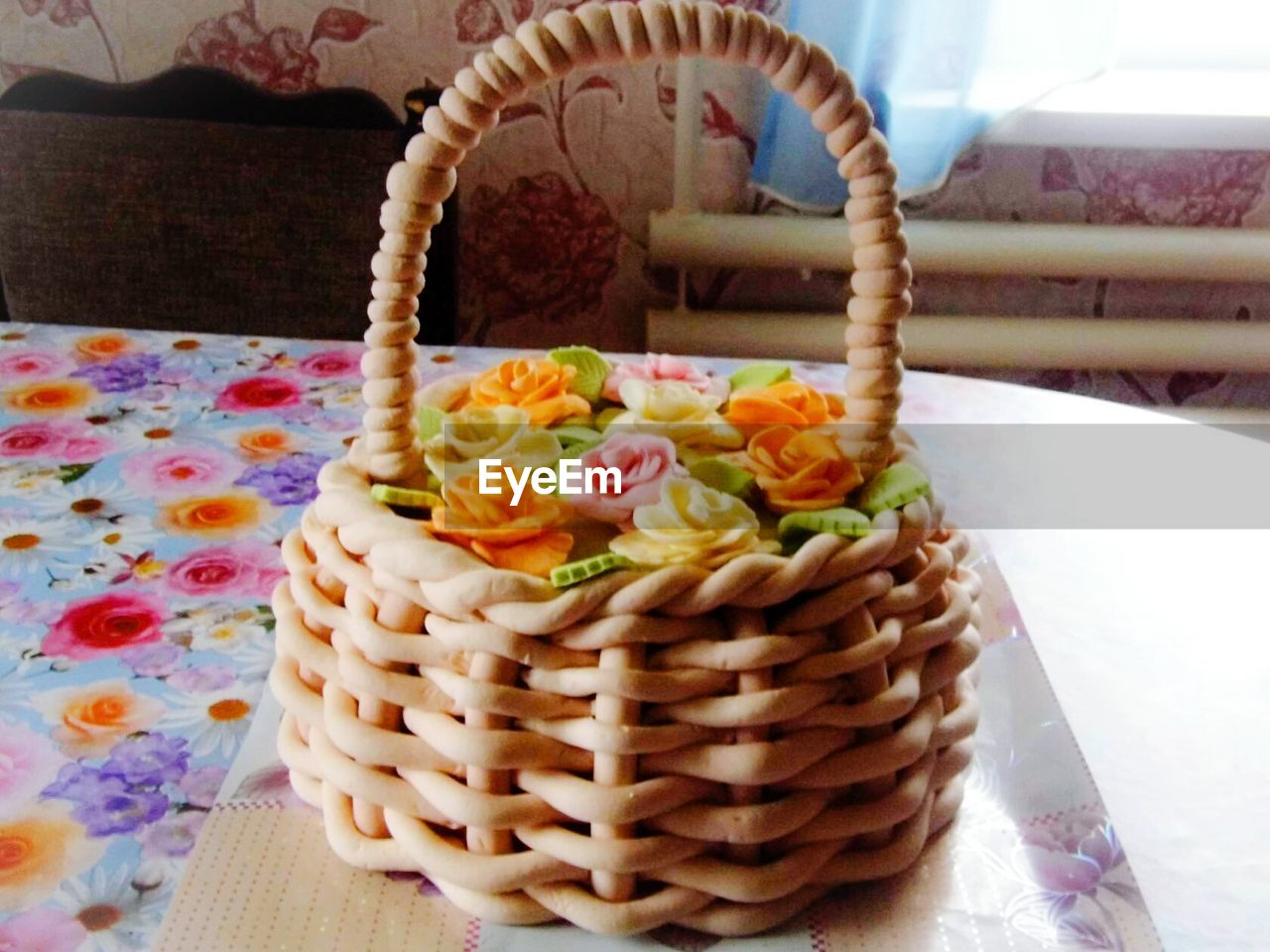 basket, food and drink, food, freshness, indoors, no people, plate, ready-to-eat, close-up, healthy eating, day