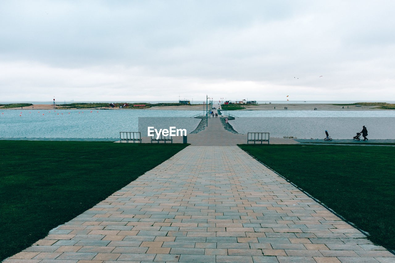 SCENIC VIEW OF PIER BY SEA AGAINST SKY