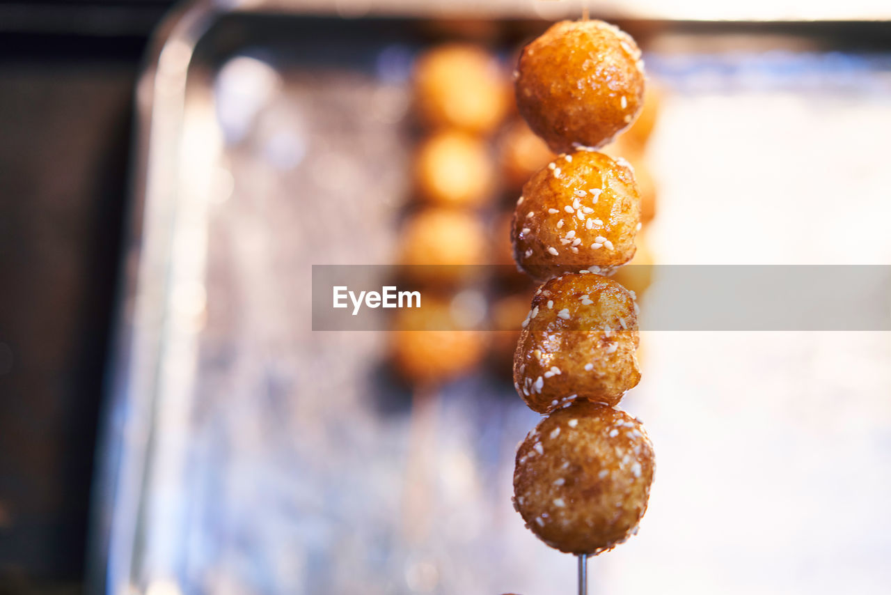 food and drink, food, freshness, close-up, still life, focus on foreground, indoors, no people, selective focus, ready-to-eat, wellbeing, sweet food, temptation, snack, indulgence, baked, healthy eating, brown, sweet, tray