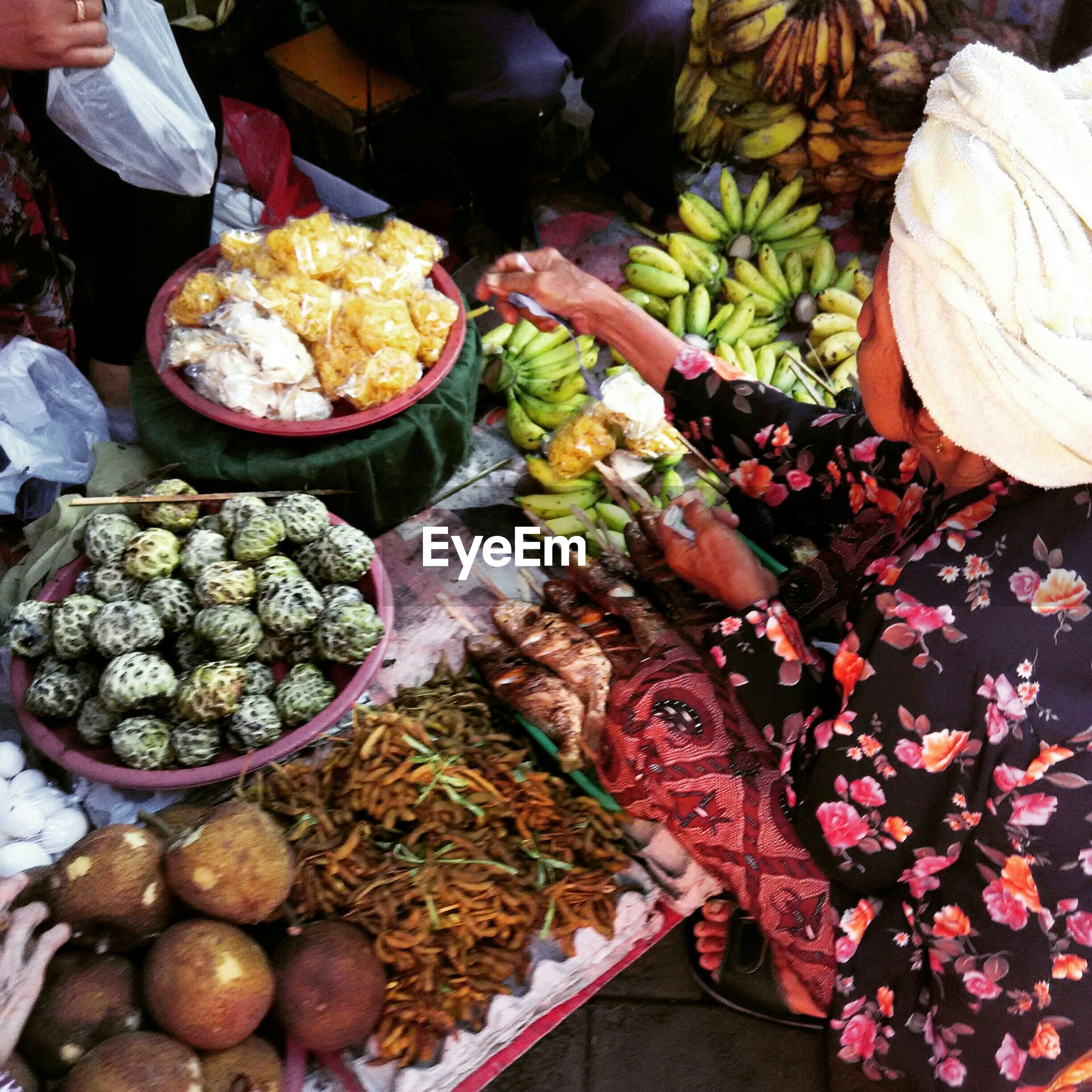 food and drink, food, healthy eating, freshness, large group of objects, abundance, for sale, market, market stall, retail, variation, vegetable, high angle view, choice, still life, heap, fruit, stack, small business, basket