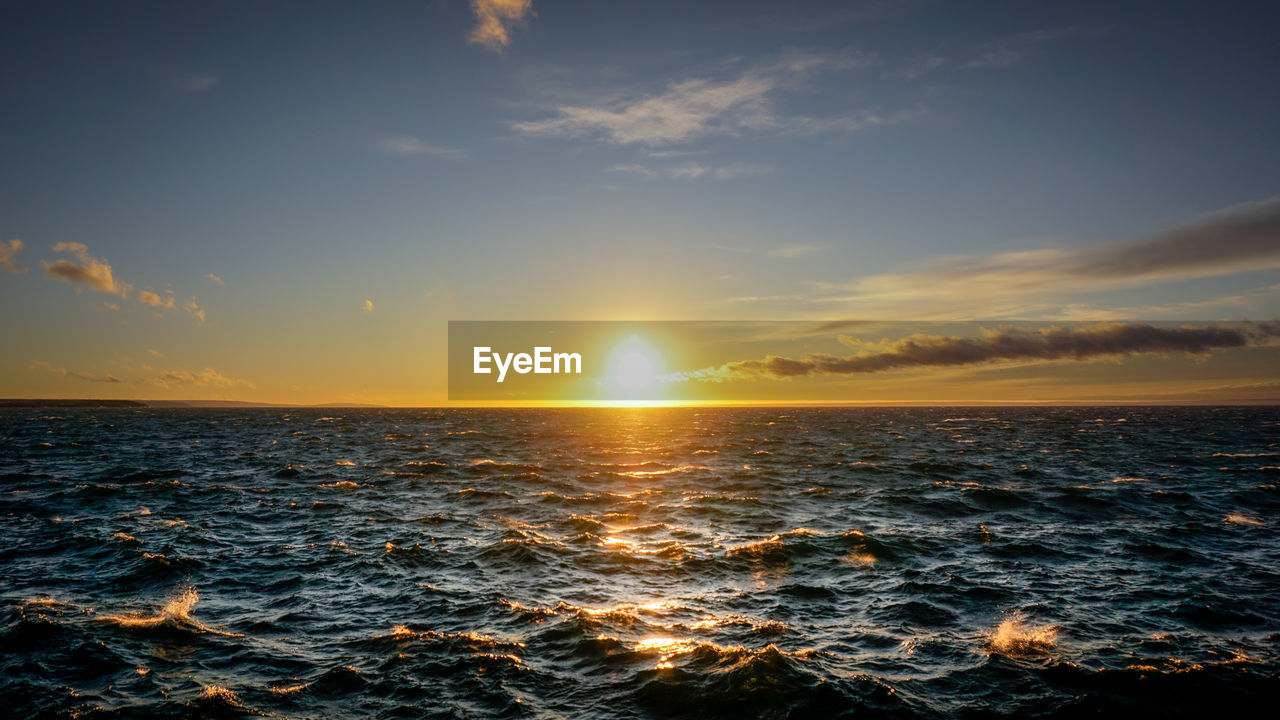 sky, sunset, sea, water, beauty in nature, scenics - nature, cloud - sky, horizon over water, horizon, tranquility, sun, nature, orange color, tranquil scene, no people, idyllic, wave, waterfront, motion, outdoors