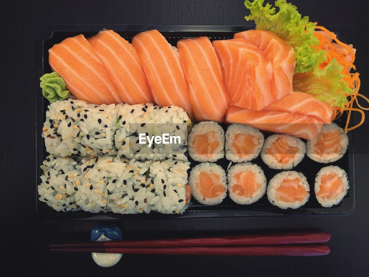 sushi, food, japanese food, seafood, food and drink, freshness, plate, healthy eating, salmon - seafood, raw food, salmon, serving size, no people, slice, ready-to-eat, sashimi, close-up, indoors, black background