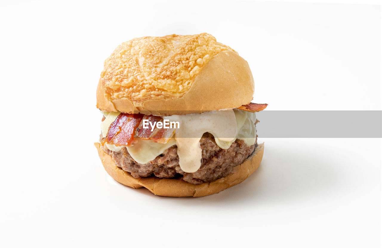 studio shot, food and drink, white background, food, ready-to-eat, still life, indoors, freshness, bread, cut out, sandwich, no people, close-up, bun, meat, fast food, unhealthy eating, indulgence, serving size, copy space, snack, temptation, french food