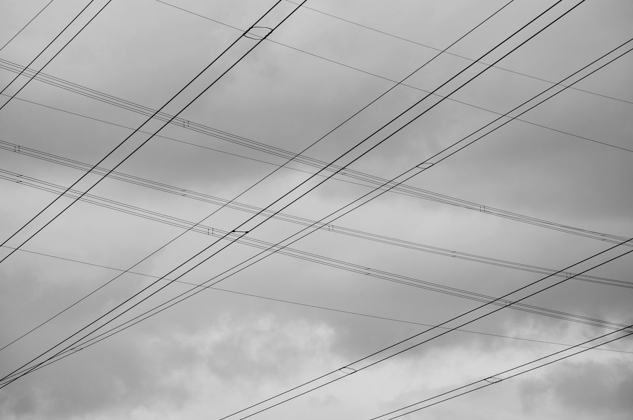 cloud - sky, low angle view, sky, cable, power line, electricity, connection, no people, power supply, fuel and power generation, technology, nature, day, complexity, outdoors, power, pole, full frame, overcast, power cable, electrical equipment