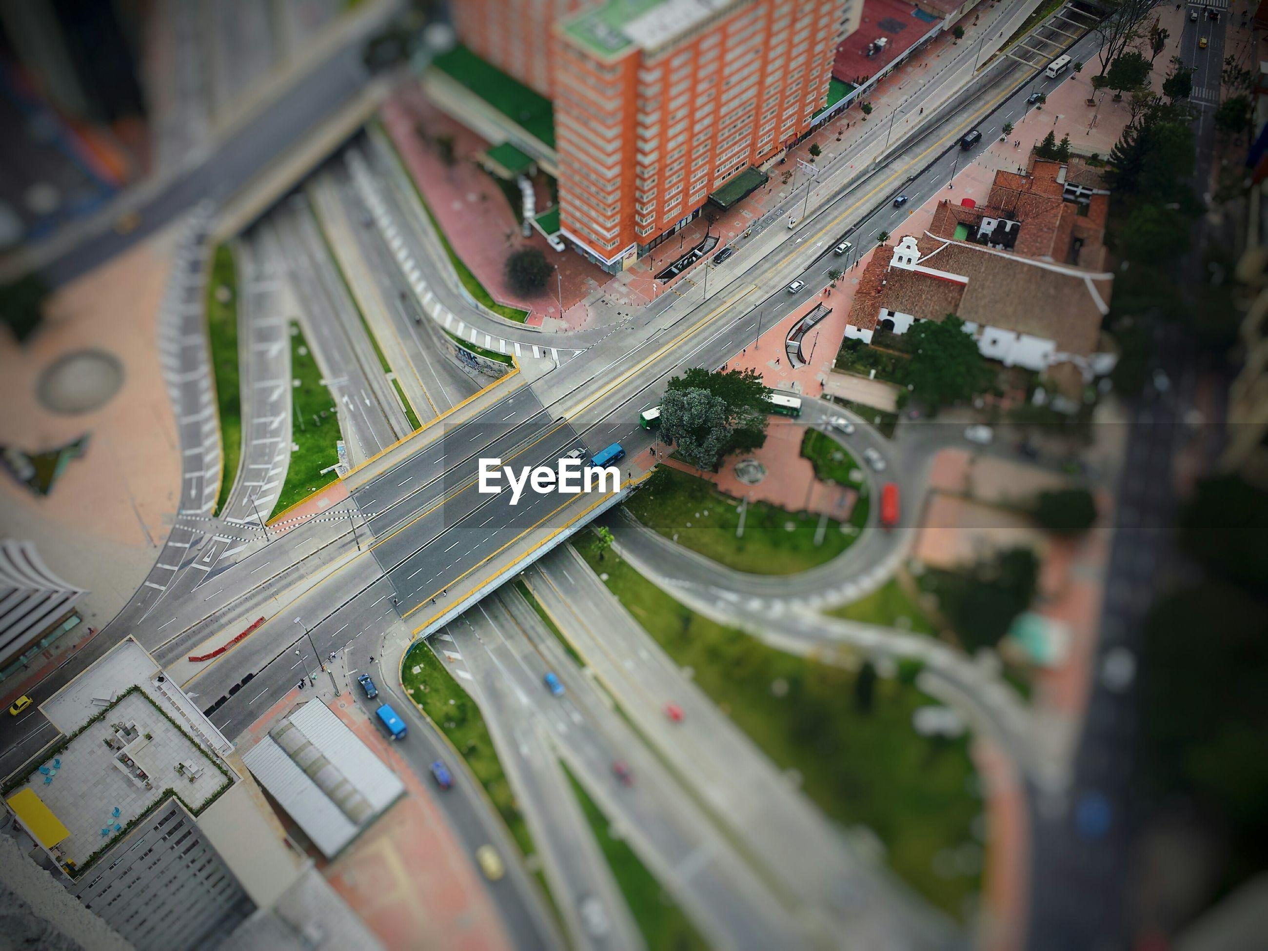 Tilt-shift image of city street