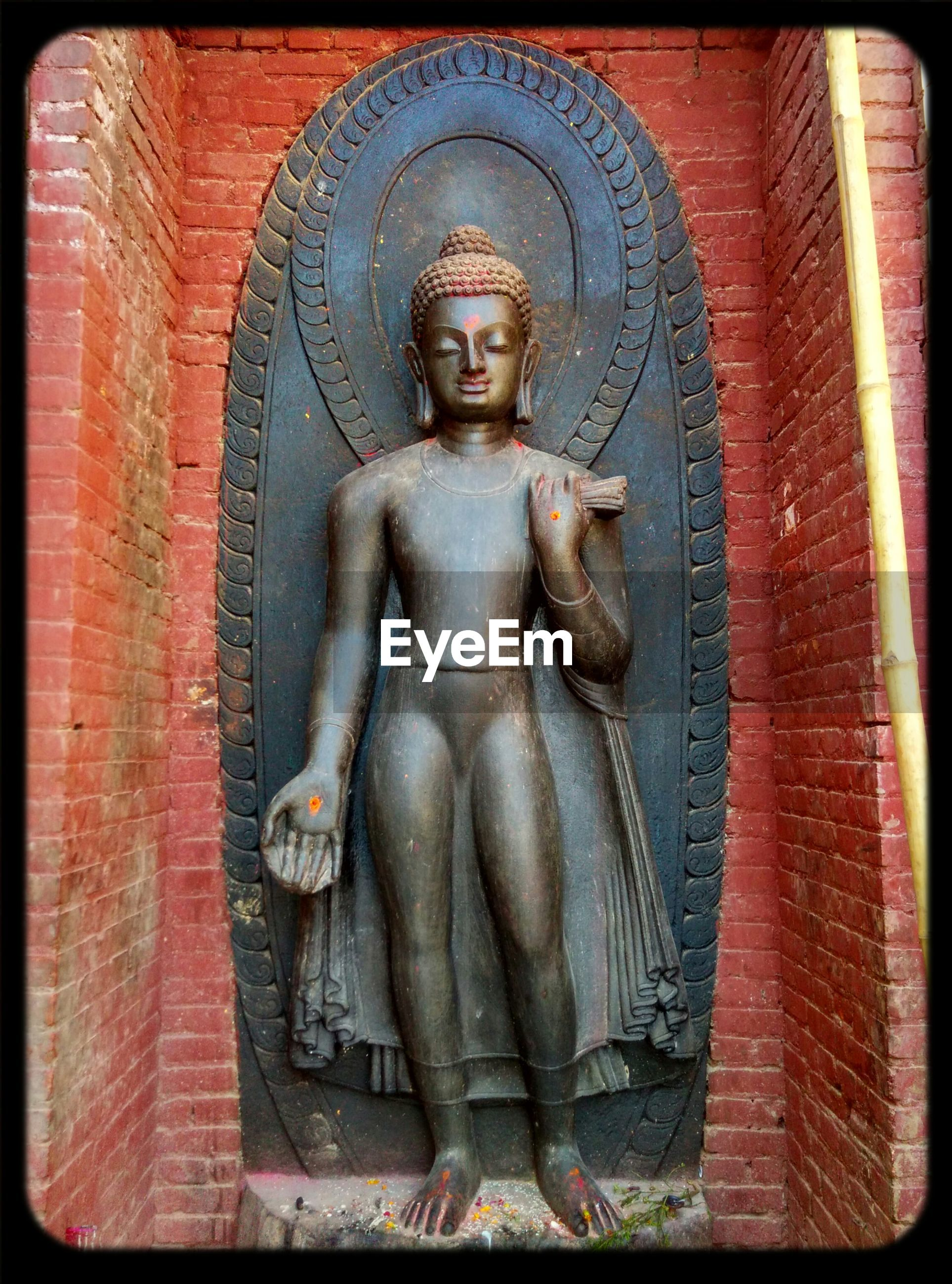 statue, human representation, sculpture, transfer print, art and craft, art, religion, spirituality, creativity, auto post production filter, place of worship, carving - craft product, low angle view, church, buddha, built structure