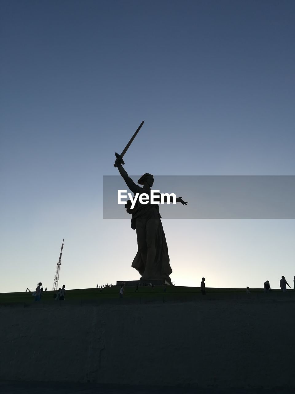 sky, clear sky, statue, sculpture, copy space, low angle view, nature, human representation, art and craft, architecture, representation, weapon, silhouette, history, the past, day, outdoors, male likeness, standing, creativity, human arm