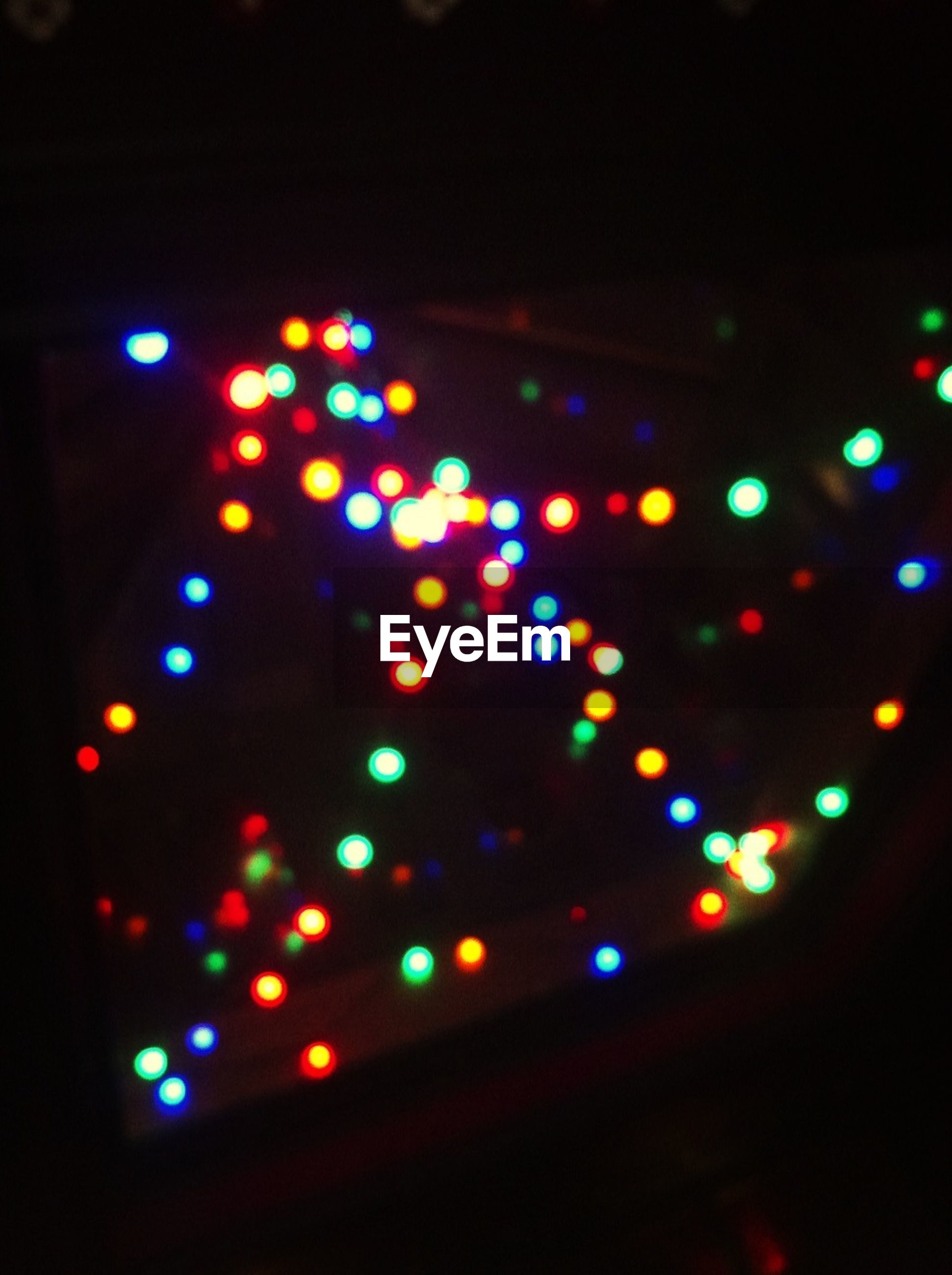 illuminated, night, multi colored, defocused, lighting equipment, indoors, glowing, light - natural phenomenon, decoration, celebration, colorful, circle, light, no people, christmas, light effect, dark, close-up, lens flare, pattern