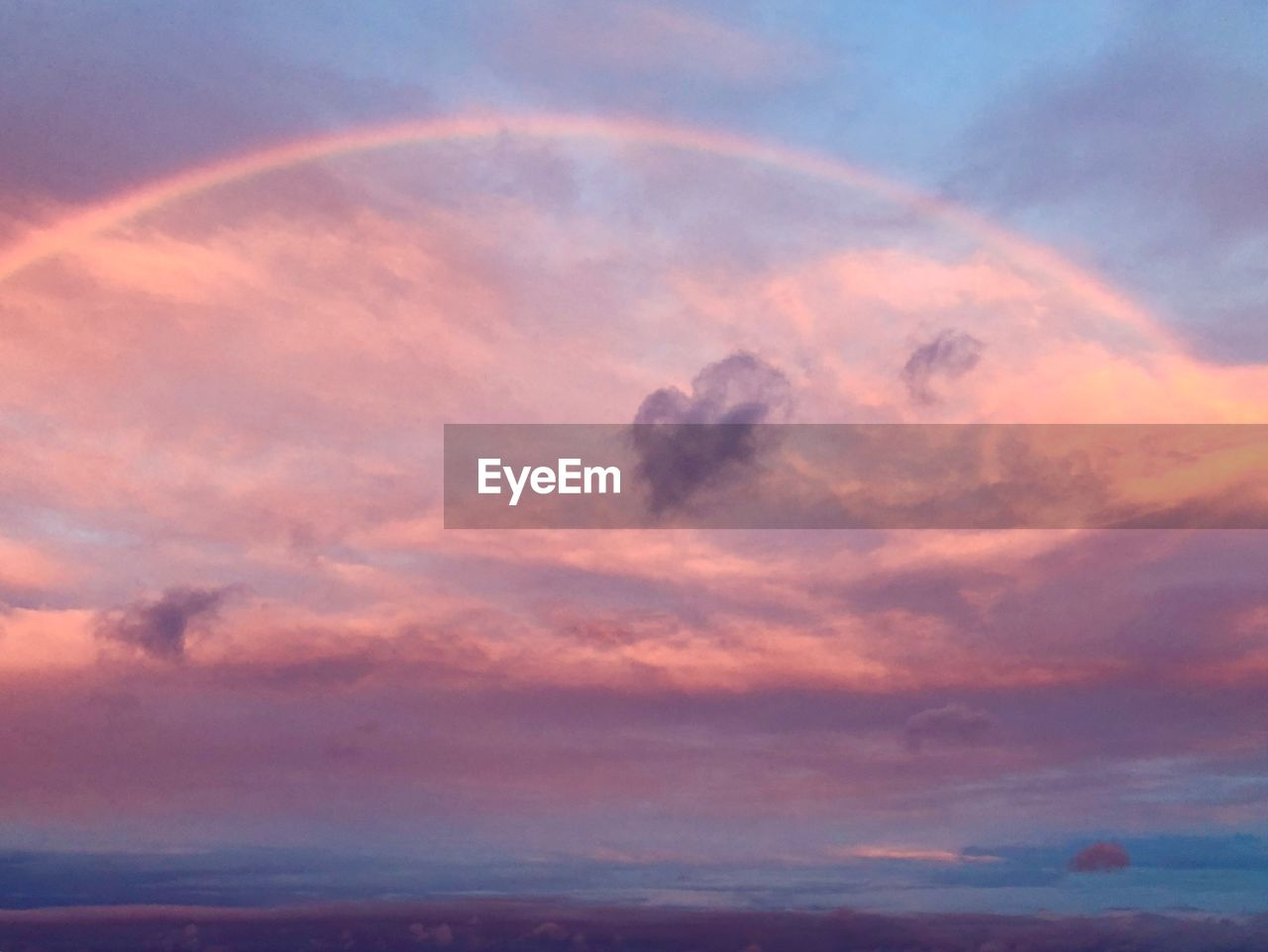cloud - sky, sky, beauty in nature, scenics - nature, tranquility, tranquil scene, sunset, no people, nature, idyllic, low angle view, orange color, dramatic sky, outdoors, backgrounds, moody sky, full frame, dusk, environment, meteorology, romantic sky