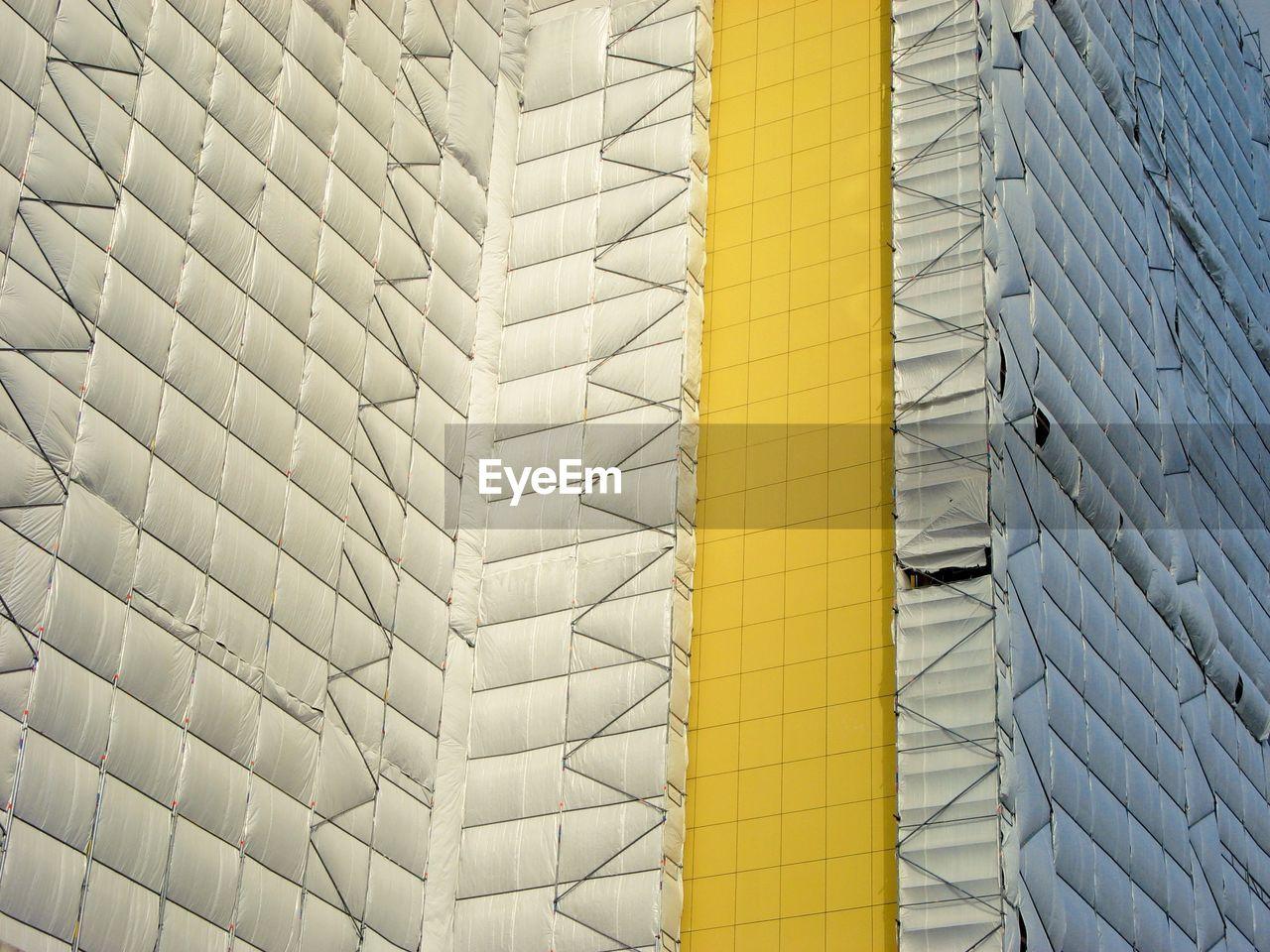 Full Frame Shot Of Scaffolding On Building