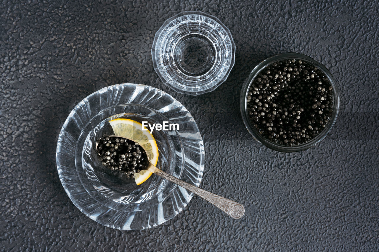 HIGH ANGLE VIEW OF DRINK IN BOWL