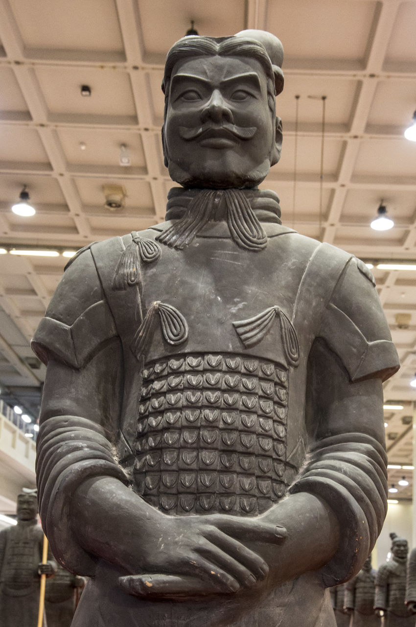 statue, sculpture, art and craft, human representation, male likeness, indoors, no people, low angle view, close-up, day