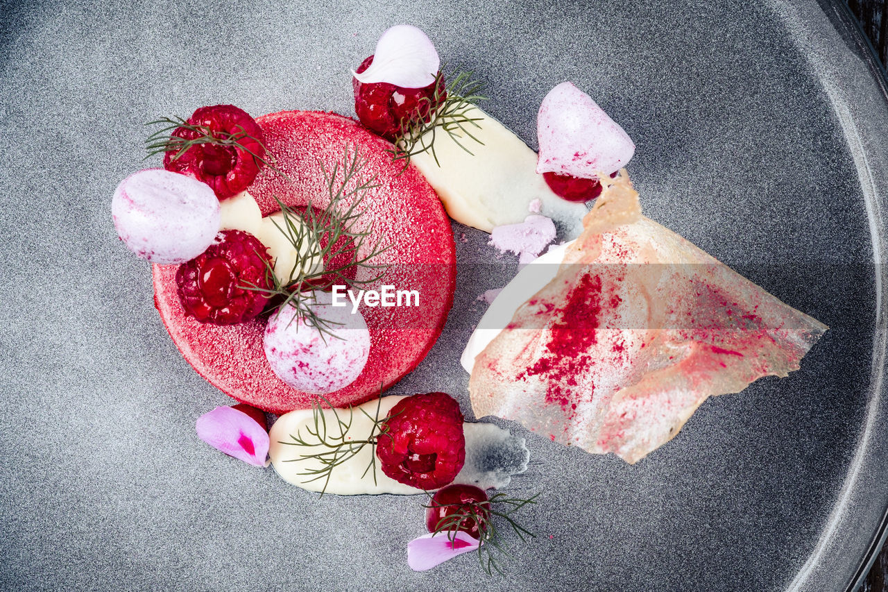 food and drink, food, fruit, freshness, still life, high angle view, indoors, red, berry fruit, strawberry, healthy eating, close-up, no people, sweet food, directly above, table, sweet, ready-to-eat, dessert, wellbeing, temptation