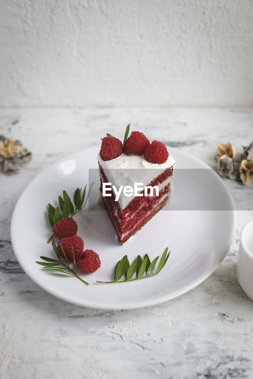 food and drink, food, sweet food, freshness, dessert, plate, sweet, berry fruit, fruit, indulgence, temptation, still life, indoors, strawberry, cake, table, healthy eating, ready-to-eat, baked, no people, mint leaf - culinary, herb, crockery