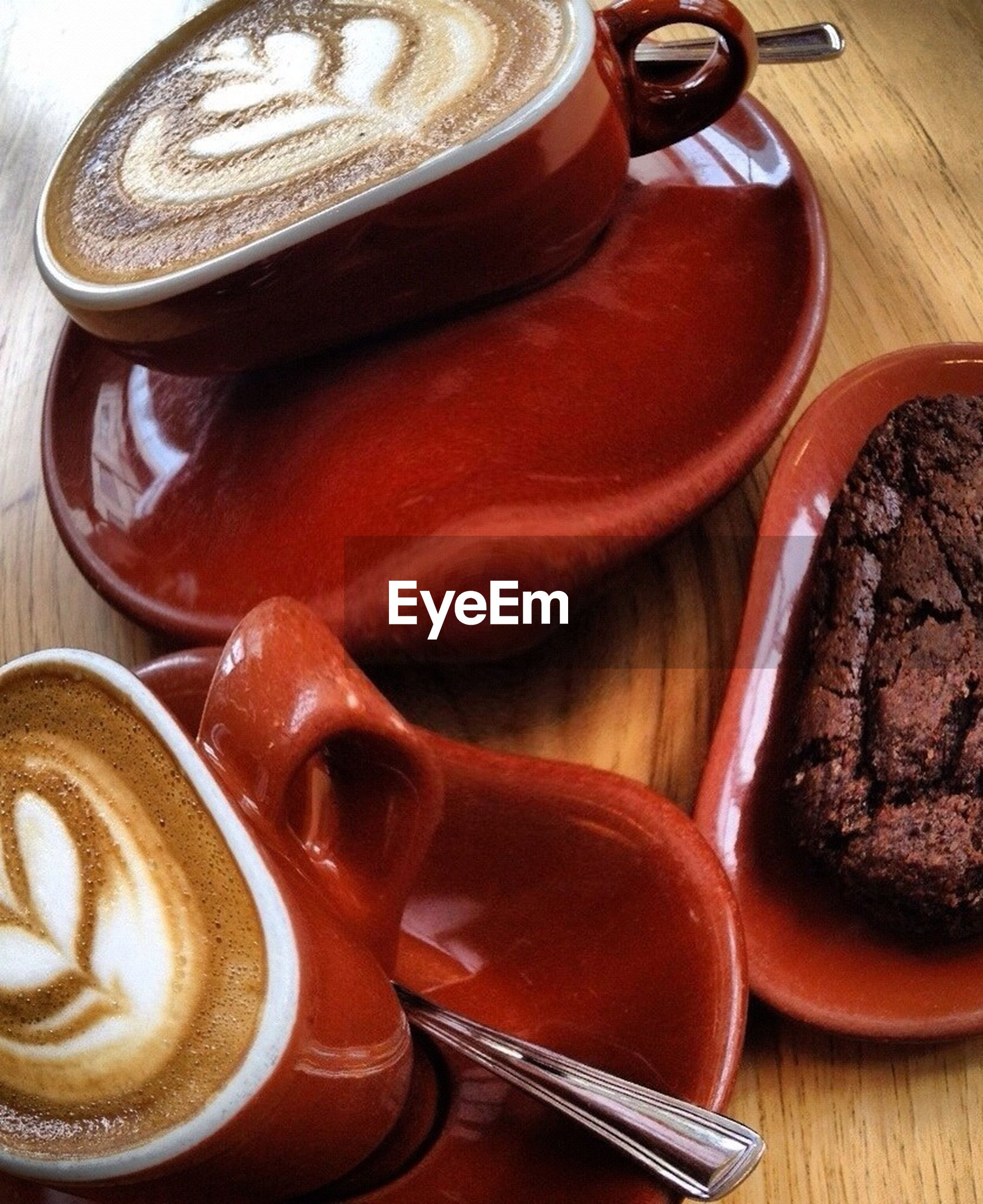 indoors, still life, table, close-up, food and drink, high angle view, freshness, coffee cup, no people, food, brown, healthy eating, focus on foreground, cup, coffee - drink, red, coffee, part of, drink, bowl
