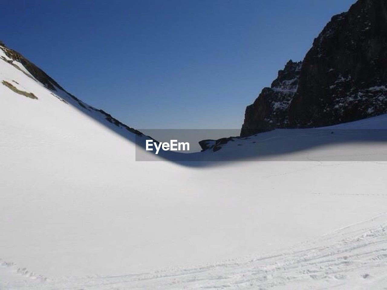snow, winter, cold temperature, nature, outdoors, day, clear sky, scenics, beauty in nature, no people, mountain, sky