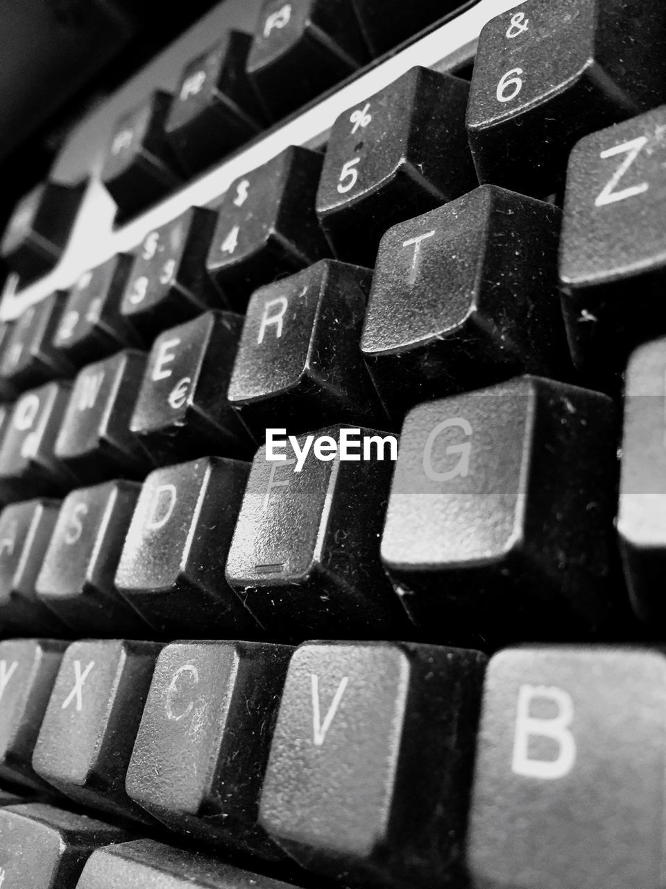 computer keyboard, computer key, alphabet, connection, close-up, keyboard, communication, technology, no people, indoors, convenience, full frame, accessibility, computer, typewriter, day