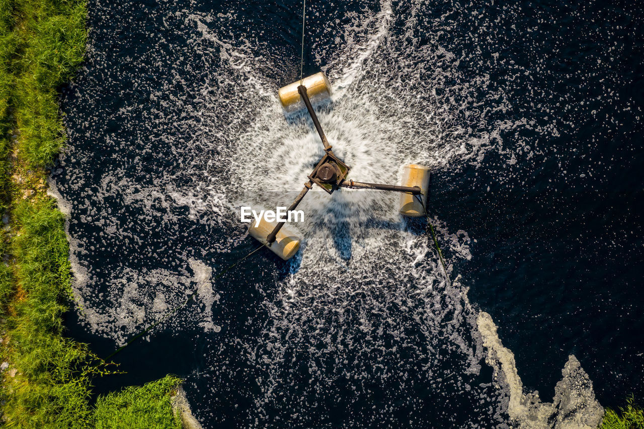 Waste water turbine use treatment wastes water increases oxygen by motor electric energy for return