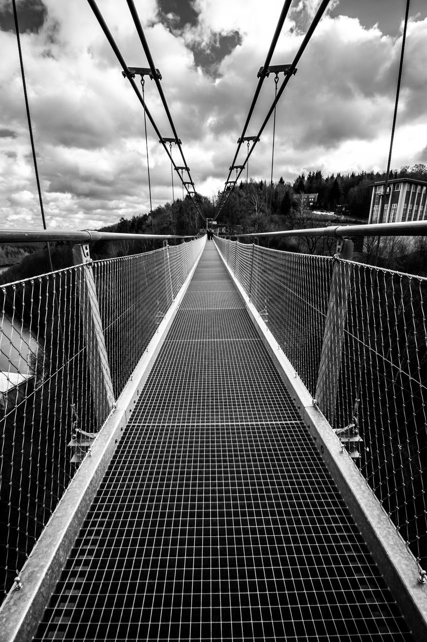 cloud - sky, sky, nature, connection, metal, architecture, no people, built structure, transportation, bridge, direction, day, outdoors, railing, diminishing perspective, the way forward, empty, bridge - man made structure, pattern, footbridge