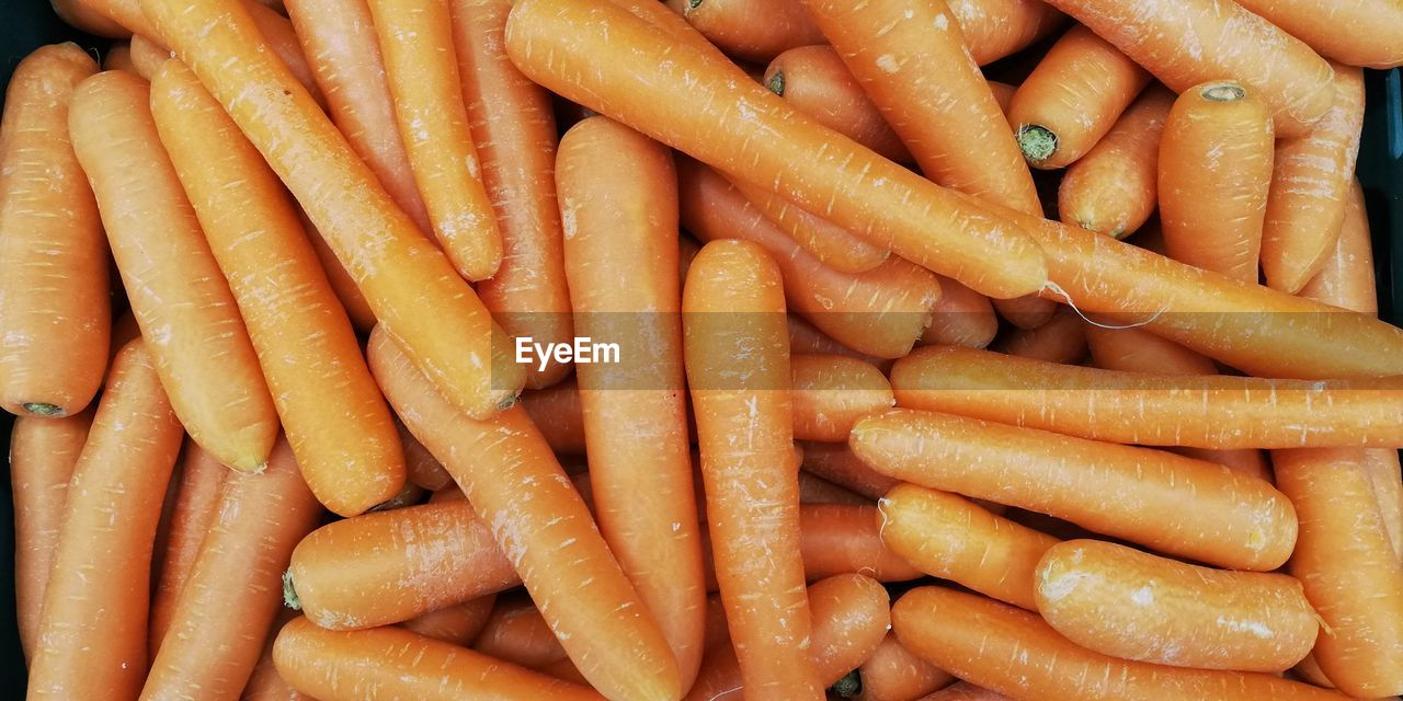 food, carrot, food and drink, root vegetable, freshness, full frame, vegetable, abundance, large group of objects, backgrounds, healthy eating, still life, orange color, wellbeing, no people, for sale, close-up, raw food, indoors, market, snack
