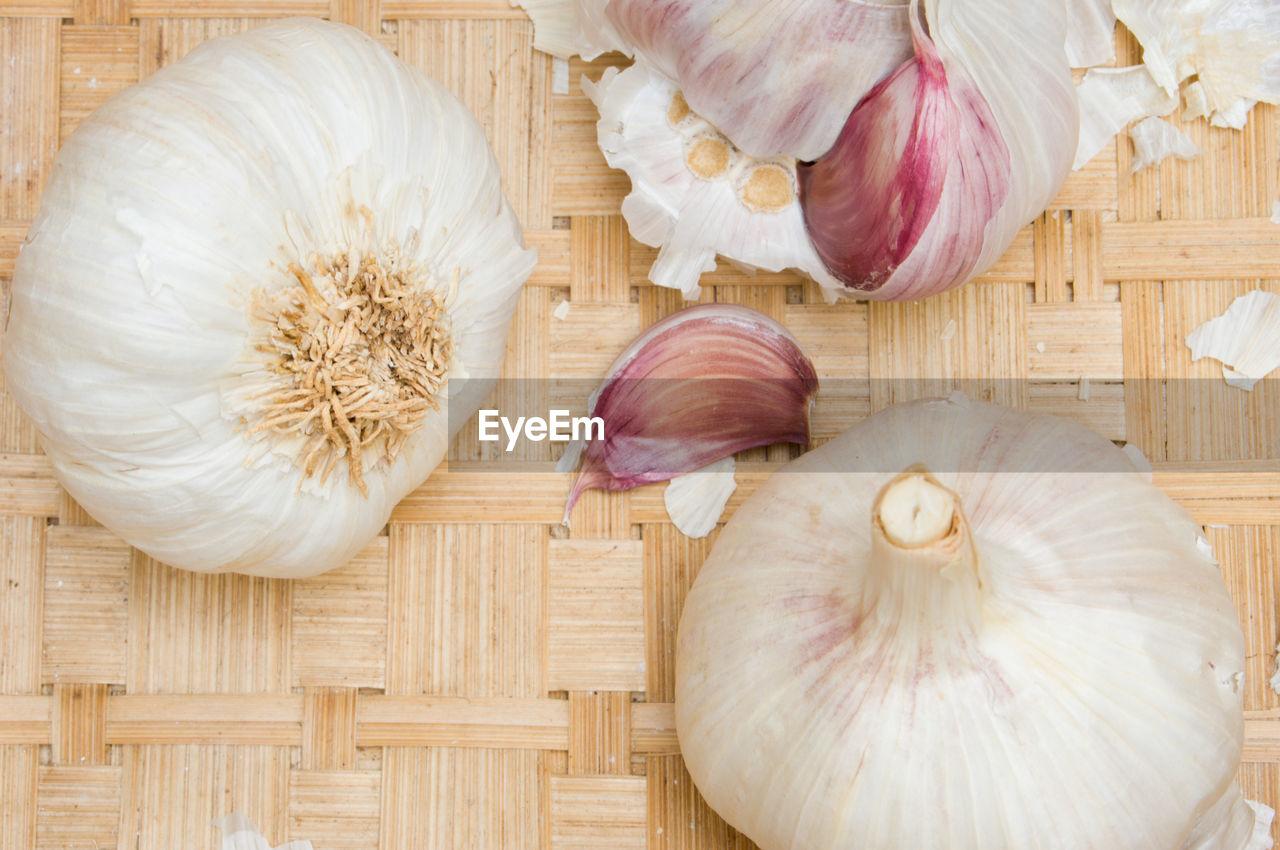 garlic bulb, food and drink, garlic, indoors, food, no people, freshness, healthy eating, close-up, day