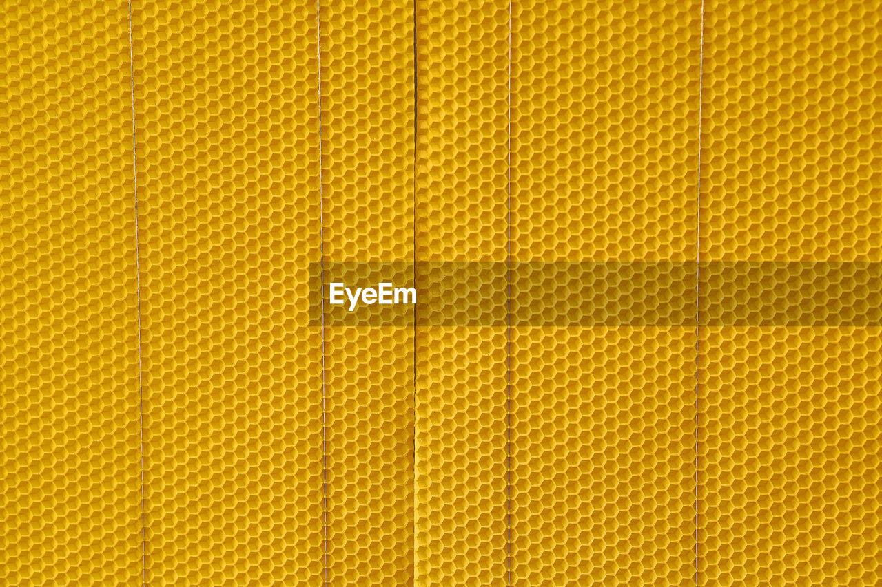 Full Frame Shot Of Honeycomb