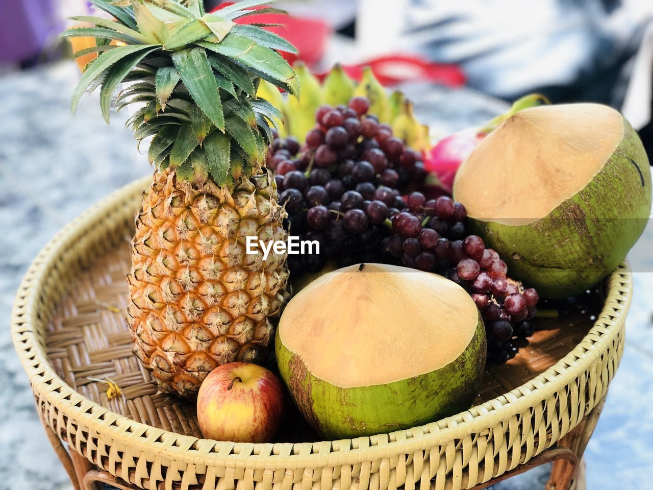 fruit, healthy eating, food and drink, food, pineapple, wellbeing, basket, tropical fruit, freshness, container, still life, focus on foreground, close-up, no people, variation, choice, banana, wicker, day, green color, ripe, lychee, orange