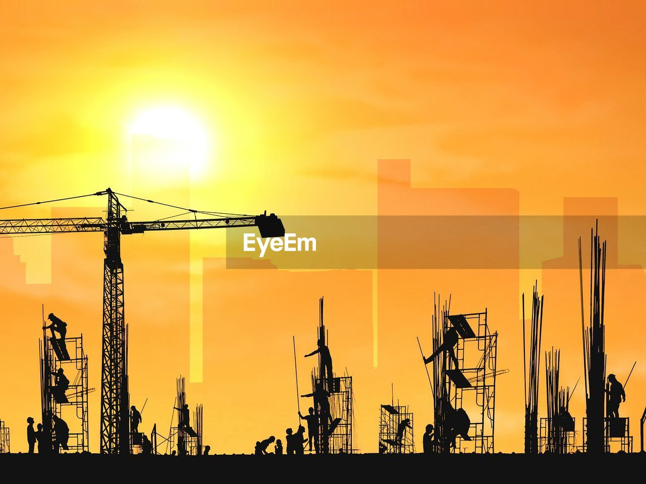 sunset, sky, orange color, machinery, crane - construction machinery, silhouette, industry, sun, construction industry, construction site, architecture, development, nature, built structure, no people, construction equipment, outdoors, cloud - sky, building exterior, beauty in nature