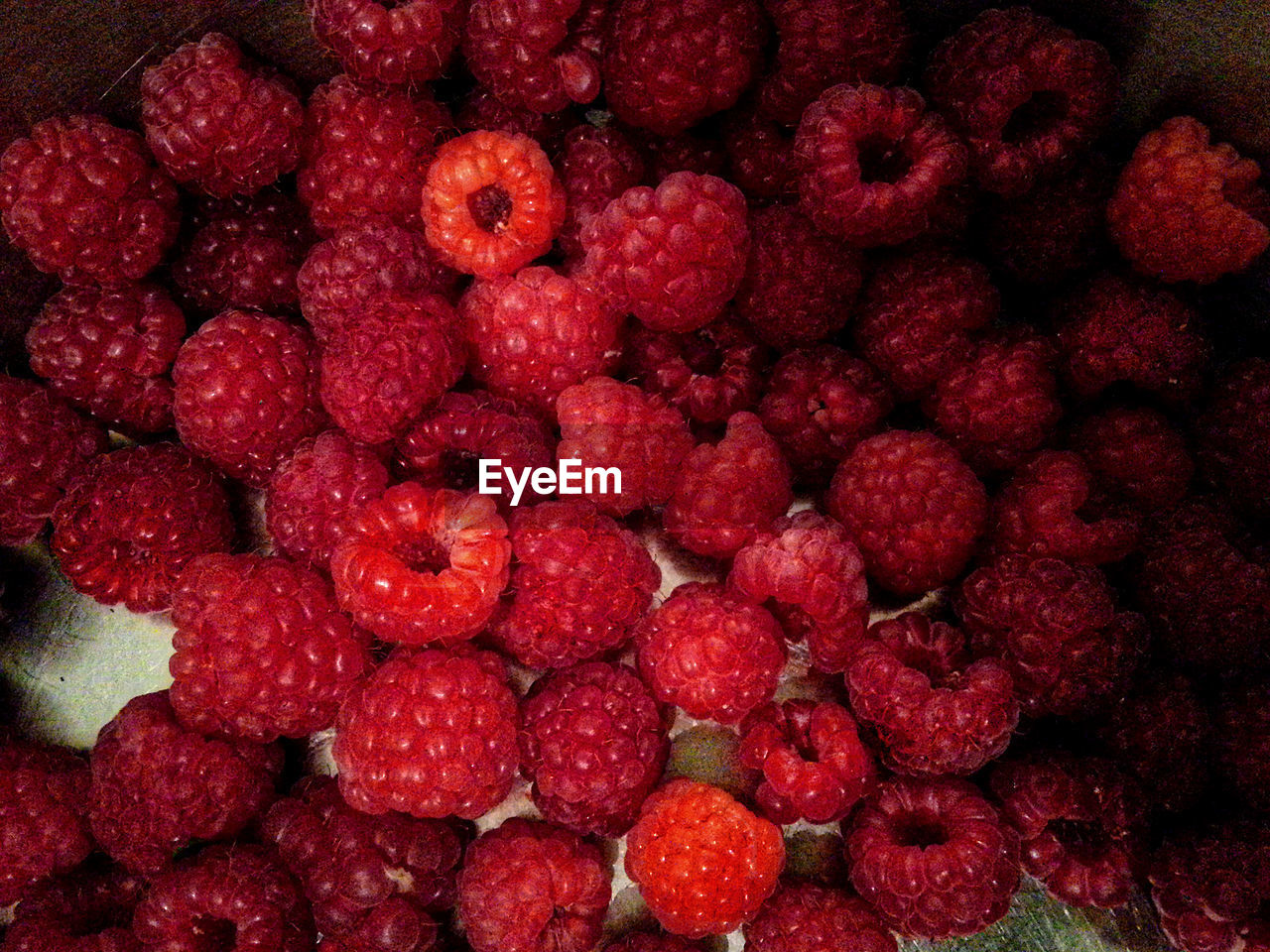 berry fruit, fruit, healthy eating, red, food and drink, food, full frame, raspberry, wellbeing, freshness, large group of objects, no people, backgrounds, abundance, close-up, strawberry, ripe, indoors, directly above, juicy, black background, red currant, lychee