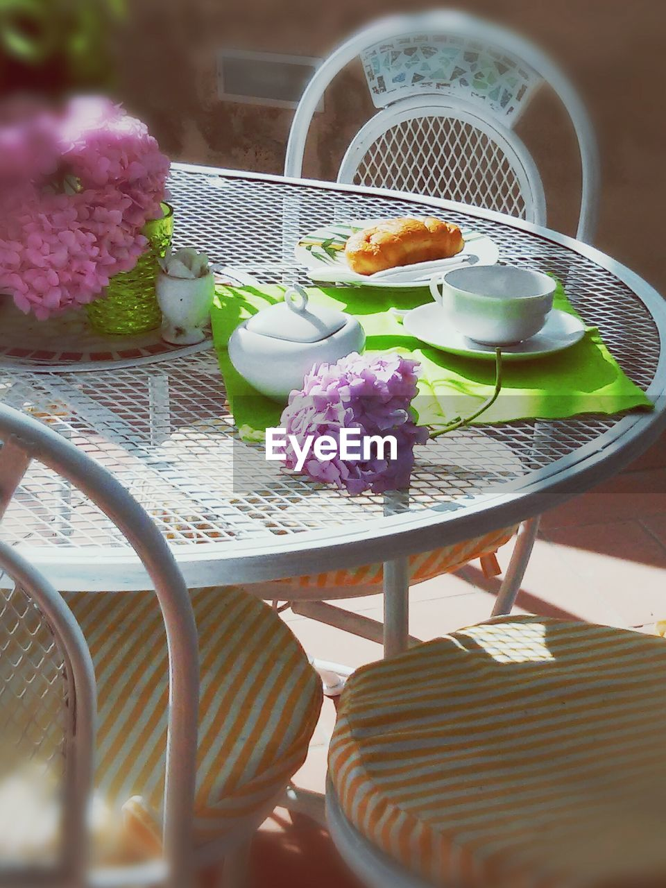 table, food and drink, food, chair, plate, freshness, no people, sweet food, bowl, dessert, indoors, indulgence, temptation, day, place setting, ready-to-eat, close-up
