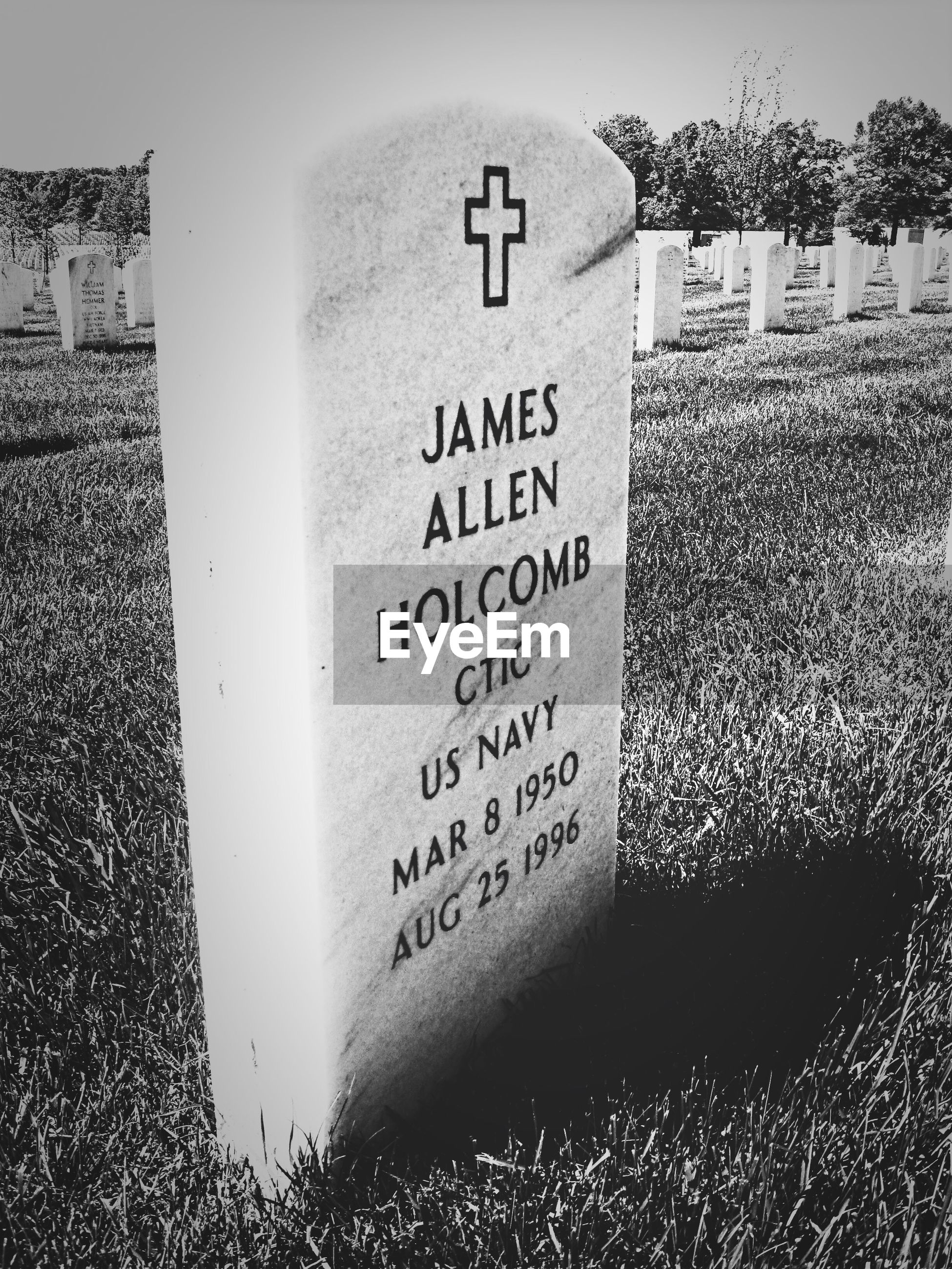 Text inscribed on tombstone at arlington national cemetery