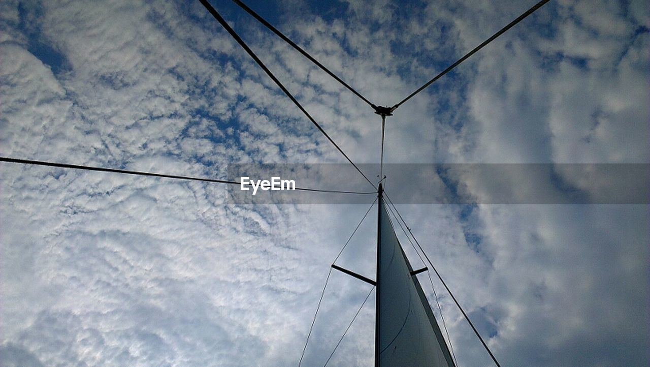 cable, low angle view, connection, sky, cloud - sky, no people, day, outdoors, nature